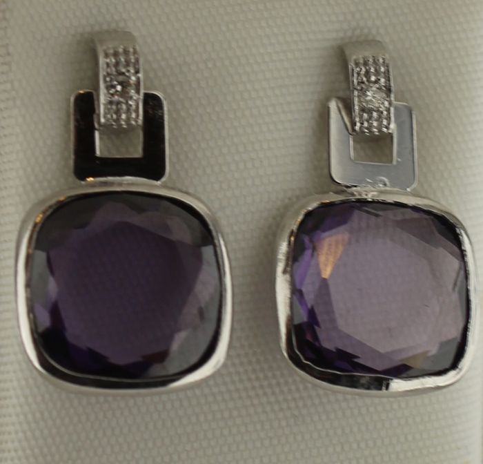 Cataleya jewels 14 kt white gold dangle earrings with diamonds and amethyst, measurements: 10 x 16 mm