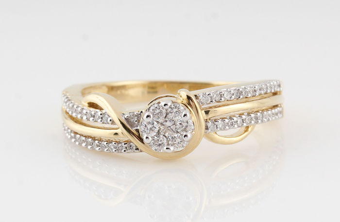 14kt goud diamanten ring 0.34ct / 54 ronde brillianten / G-H VS1-VS2 / 3.90gr  /  56.5 /