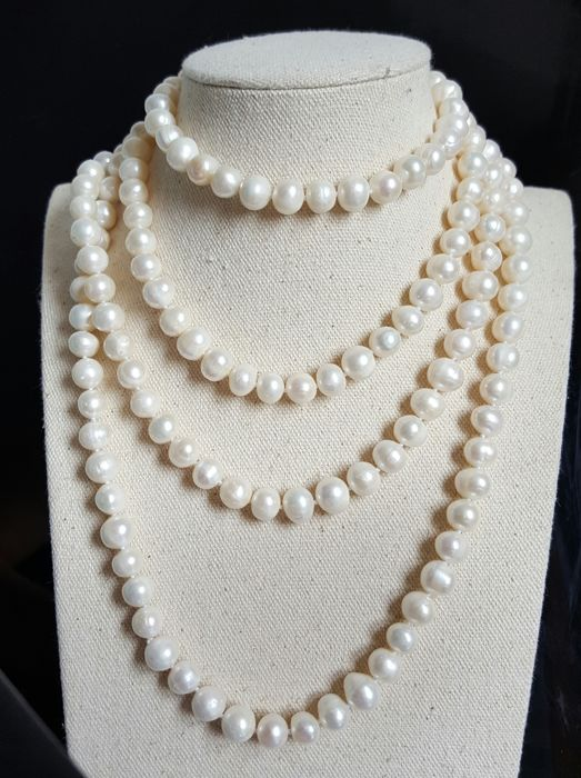 Cultured Pearl Necklace - Pearl Size:9-10 mm - 160 cm - no reserve price