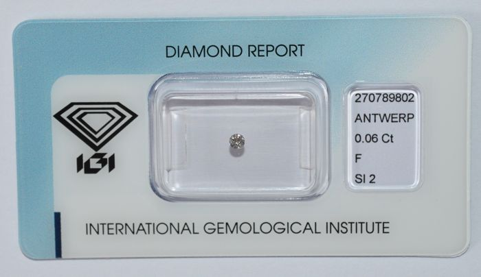 0.06 ct, brilliant cut diamond, F, SI2