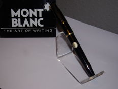 Vintage MONTBLANC No. 32 piston filler fountain pen black - 14k OF nib