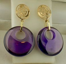 14 kt Yellow gold earrings set with amethyst – Size: 18 x 31 mm