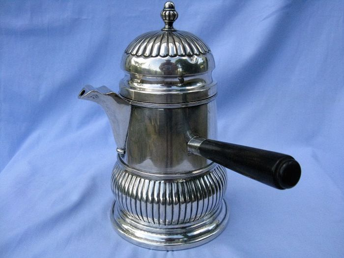 Chocolate pot in silver 800 with ebony handle - Alessandria - Italy 20th century - 398 g