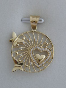 14kt. Gold pendant with zirconia   Size: 31.57 mm./ 26.60 mm.
