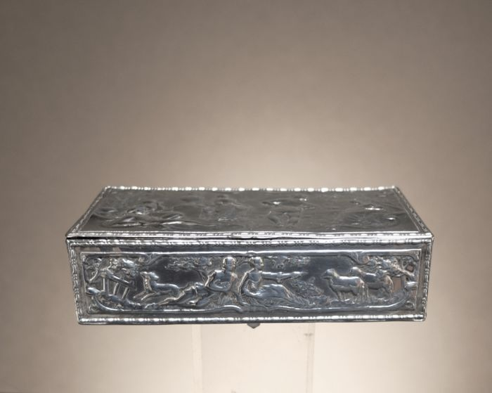 Silver snuff box, importer Berthold Muller, Great Britain, Chester, 1898