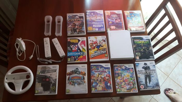 Nintendo Wii including 12 games , 2 controllers and more