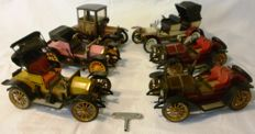 Schuco, Western Germany - Length appr. 20 cm - Lot with 6 tin wind-up Oldtimers, 1970/80s