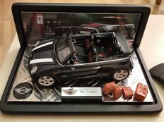 Kyosho - Scale 1/18 - Mini Cooper with Franklin Mint display case