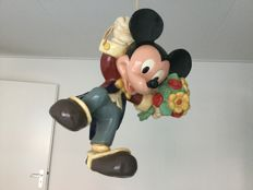 Disney, Walt - Figure - Mickey Mouse hanging from balloons (1980s)