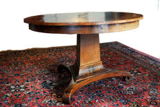 Dutch mahogany veneered Empire dining table - ca. 1810