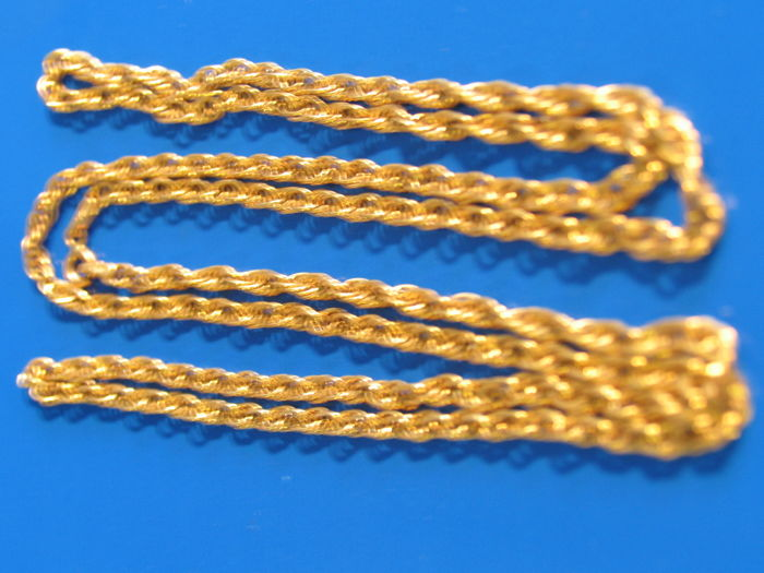 Gold chain made of 750 gold, 79.5 cm long and 11 g