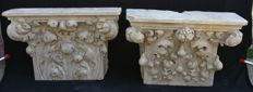 Two big capitals hand carved and worked in Carrara statuary marble - Venice, Italy - 16th century style