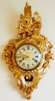 "Swedish ""Holmia"" Gold-plated hand carved Cartel wall clock in Rococo style - Period 1910"