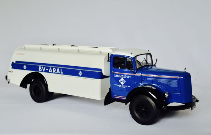 "Minichamps - Scale 1/18 - Mercedes-Benz L 6600 Tank wagon ""Aral"" 1950"