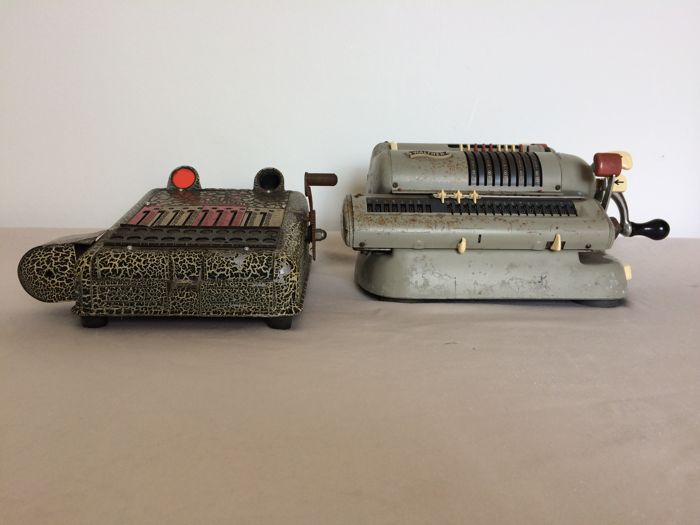 1 Walther calculateur and 1 Master from Germany. Early 20th century.