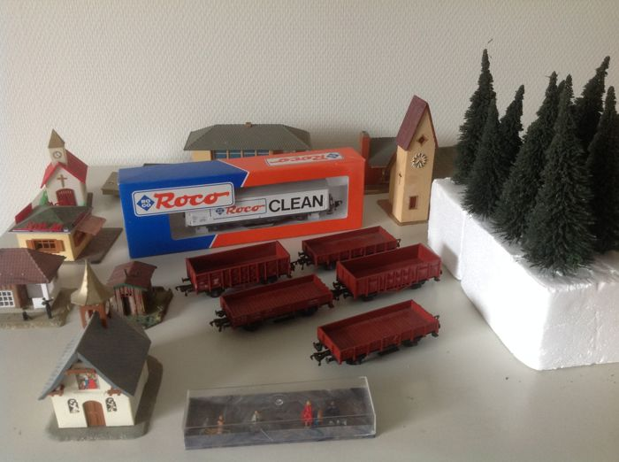 Fleischmann/Roco H0 - 6 freight wagons of the DB with accessories