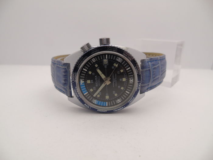 Sicura GMT men's diver's watch with rotating inner bezel