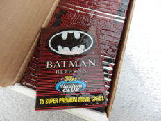Big collection of 795 Batman Cards (53 packets of 15 pieces) new in package