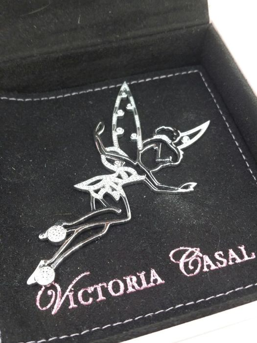 Tinkerbell pendant by Victoria CASAL in white gold and 0.90 ct diamonds. Length: 7.6 cm