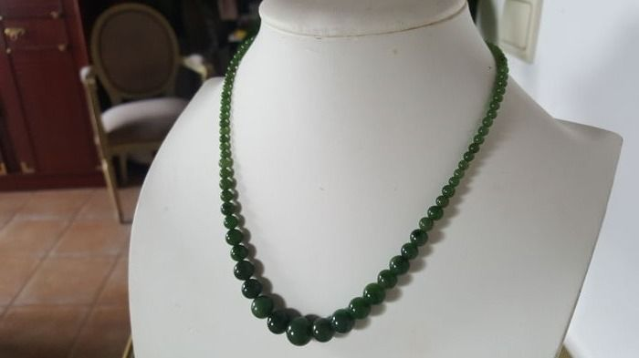 Vintage Jade green beads necklace with silver clasp, ca. 1950's