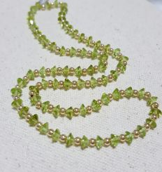 14 k gold Clasp Peridots necklace - Length of necklace :43 cm