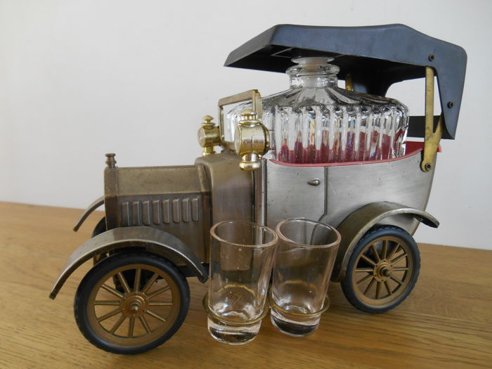 whiskey set with decanter and glasses t ford model car catawiki. Black Bedroom Furniture Sets. Home Design Ideas
