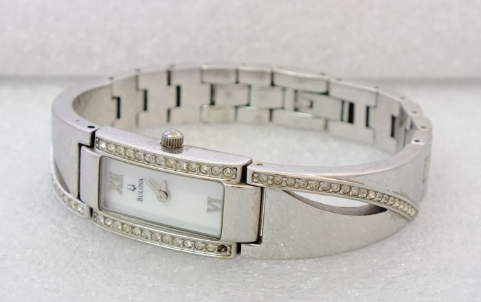 Bulova Cristals, A8 - Lady's watch - 2008