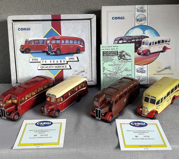 Corgi - Scale 1/50 - 2 sets with 4 busses: East Kent & South Wales Collection