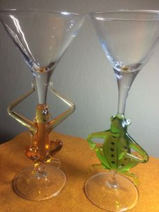 Murano - pair of cocktail glasses with monkey and frog
