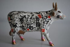 Yukki Yaura for CowParade - type Horns in the Sky - medium with box and tag