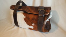 """Keep that Dog out"" Ladies Leather handbag in cowhide"