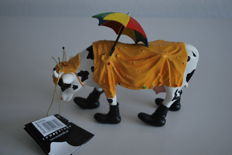 CowParade - Dell Massey - type Mooing in the rain - Retired, medium with box and tag