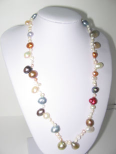 Freshwater pearl neklace  925 Silver 44cm