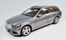 Norev - Scale 1/18 - Mercedes-Benz C-Class T-Model