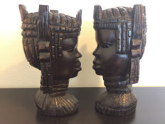 Set of two ebony heads - wood carving - Africa - Tanzania -second half of the 20th century