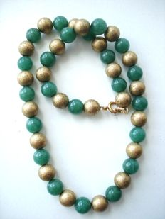 Vintage oriental necklace with genuine green Jade on 12K gold filled chain and marked clasp ca. 1920-1930's
