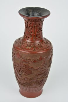 Small baluster vase in cinnabar - China - late 20th century