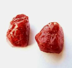 Lot of 2 natural Ruby rough - 105 ct (2)