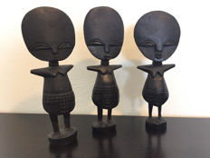 Set of three wooden Fertility Statues - Ashanti - wood carving - Africa - Ghana - second half of the 20th century