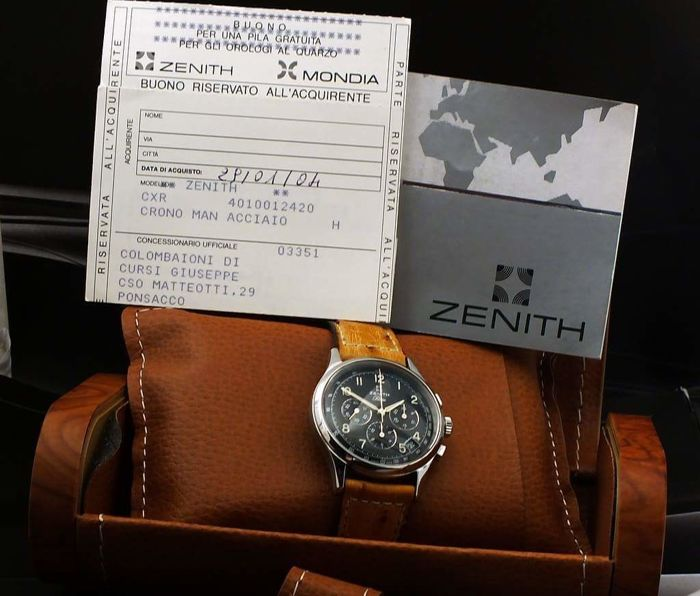 Zenith manual chronograph - box and papers