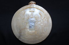 Large carved mother of pearl religious shell - Bethlehem - Icon - late 19th century and early 20th century.