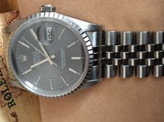 Rolex Datejust - Men's - 1994