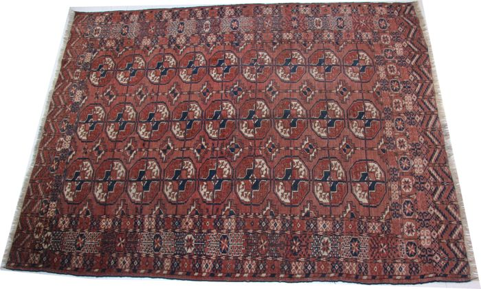 Antique handmade Tekke Turkmen wool rug circa 1890