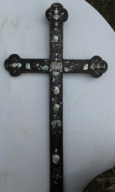 Japanese catholic cross. 1890 - 1900.