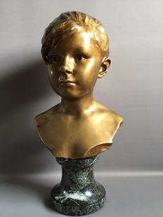 Edouard Houssain (1847-1917) - bust of a young girl - bronze with gold-coloured patina - France - late 19th century