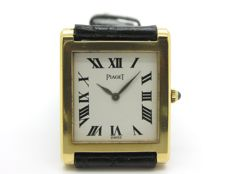 PIAGET Unisex wristwatch with 18 kt yellow gold rectangular casing, 1970s, in very good condition