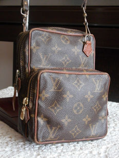 Louis Vuitton Unisex Vintage ***No minimum price***
