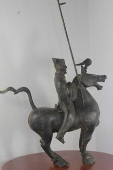 Asian equestrian soldier in bronze - China - Second half 20th century