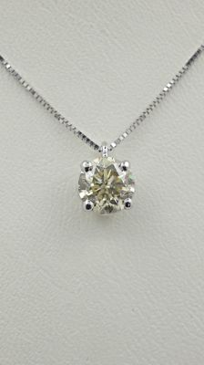0.92 ct round diamond pendant in 14 kt white gold - 42cm