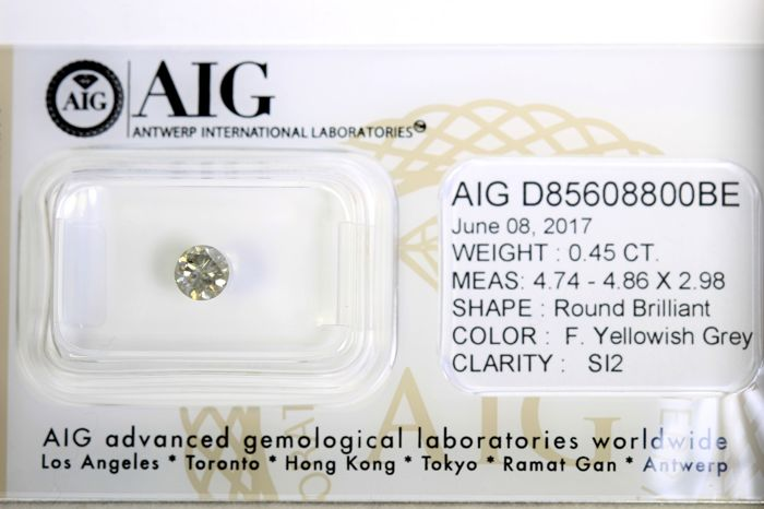Brilliant cut diamond - 0.45 ct - Yellowish Grey - SI2 - No Reserve Price